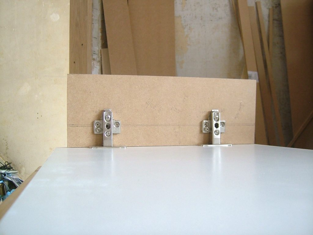 Hinge Fitting