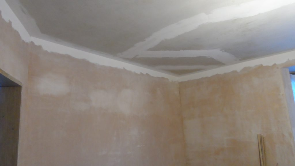 Frontroom Ceiling Taping 1